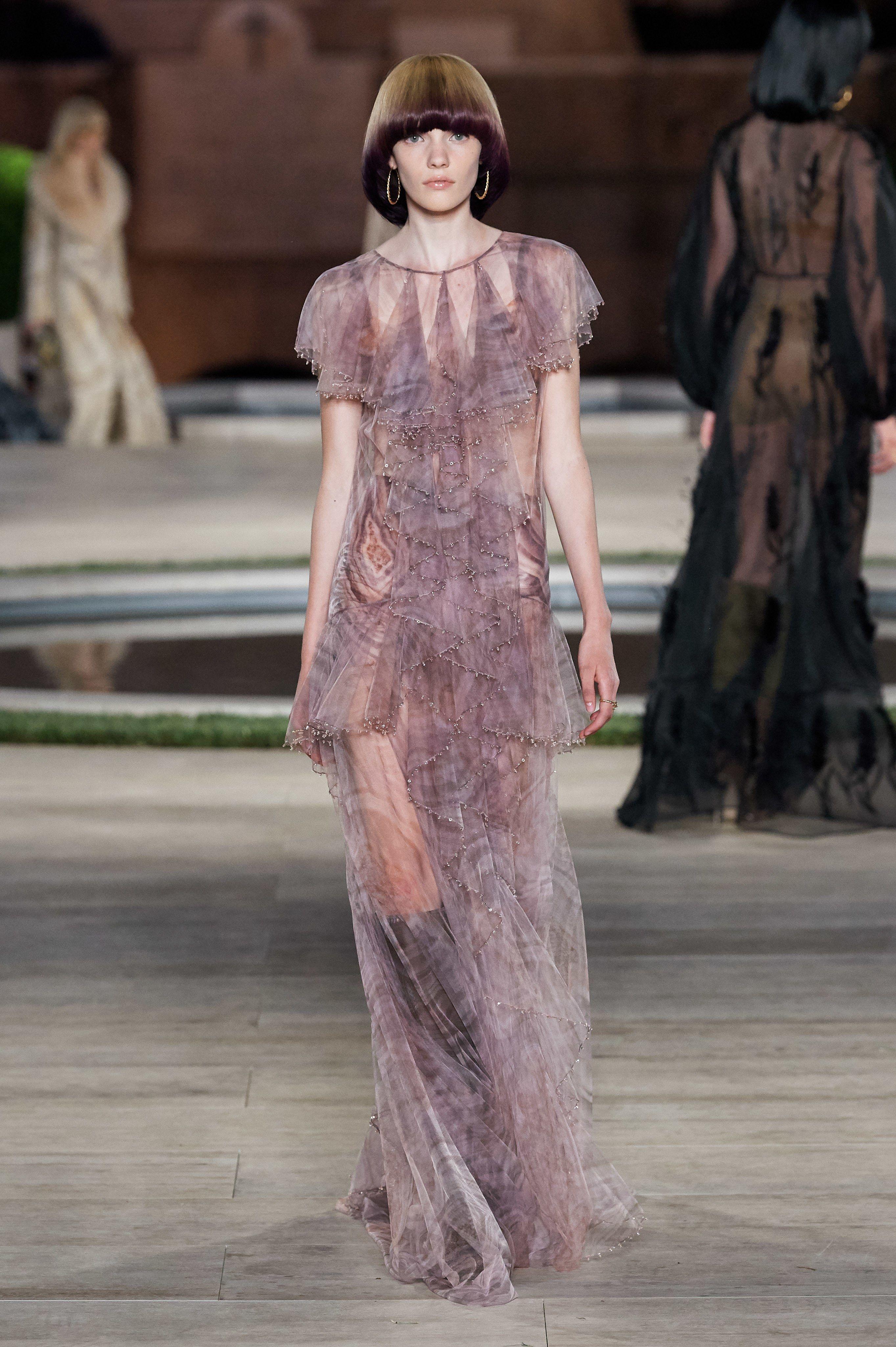 Fendi Fall 20 Couture Fashion Show  Abendkleid, Kleider
