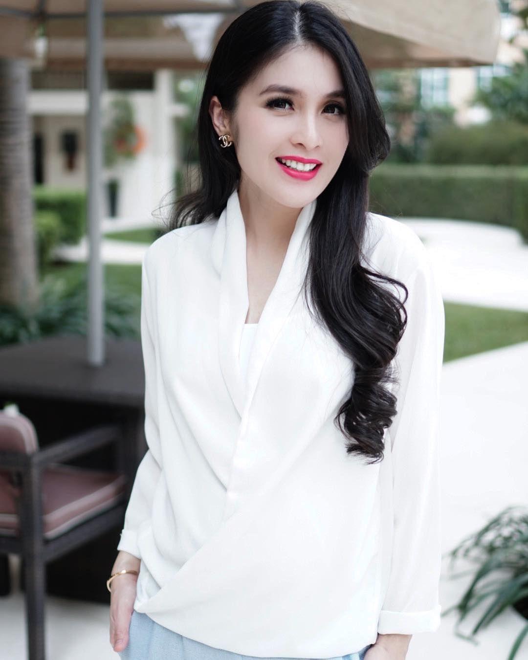 Sandra Dewi nudes (15 pics), video Boobs, iCloud, cleavage 2018