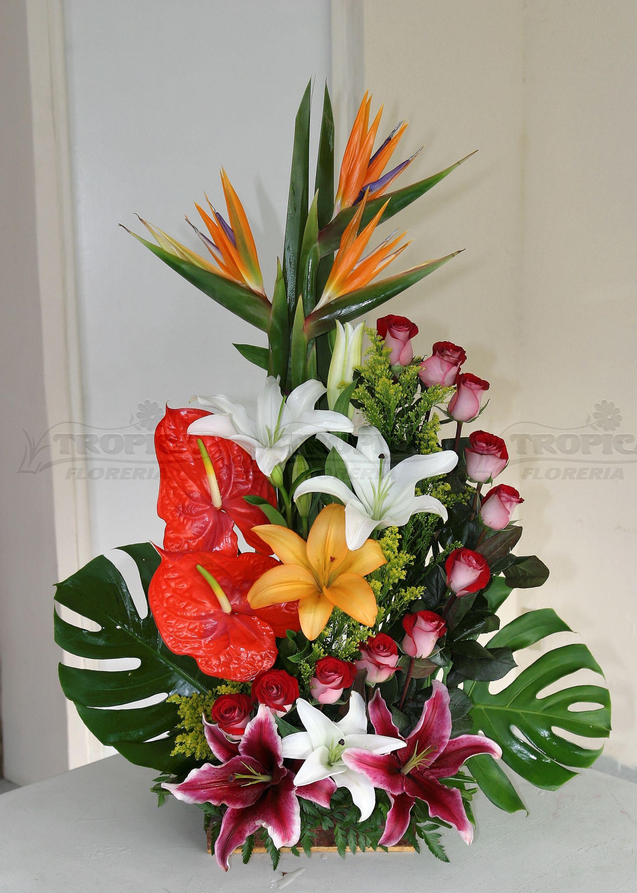 Arreglo tropical tropica floreria arreglos florales Floral creations