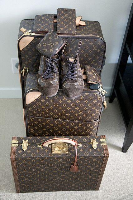 mejor sitio web comprar materiales de alta calidad www.hkluxuryoutlet.com Louisvuitton_online@hotmail.com #LV ...