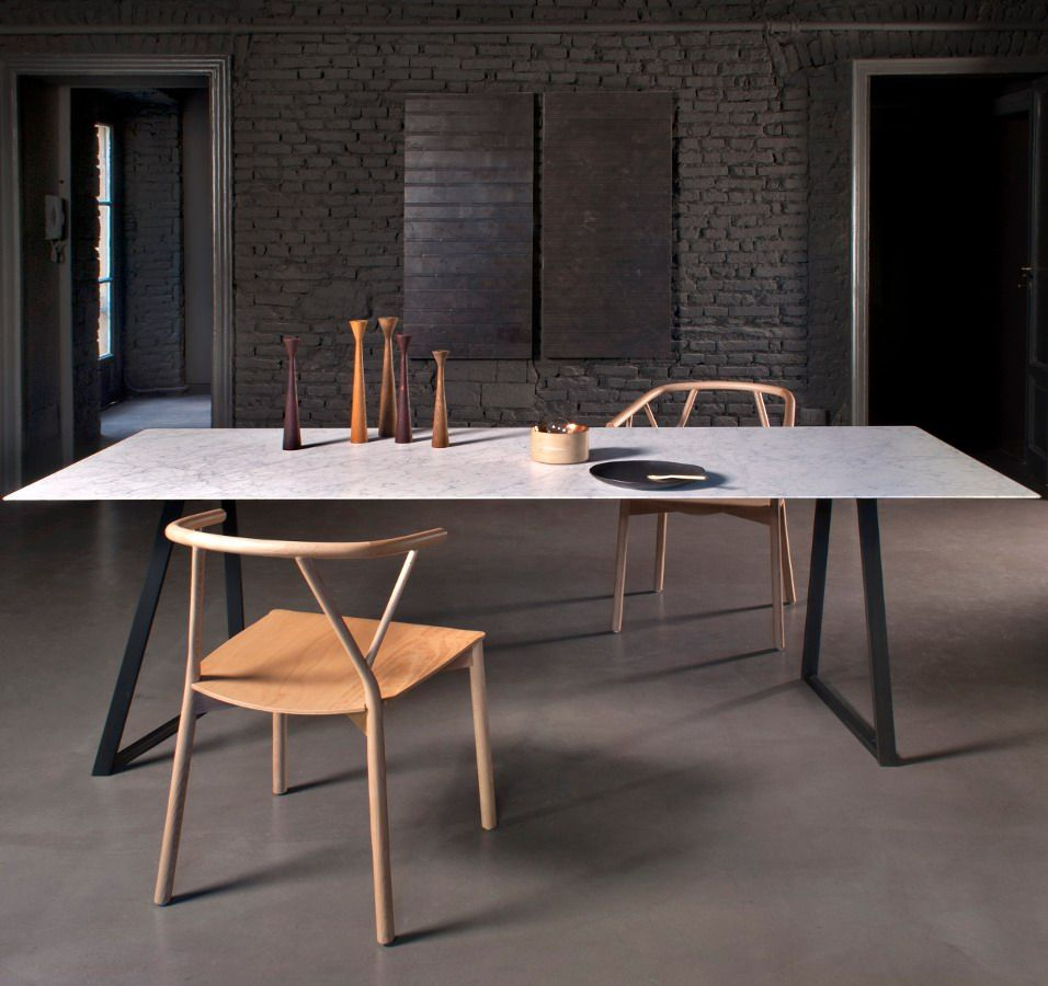 Incroyable Salvatori Presents DRITTO By Piero Lissoni: A #table With Carrara Marble Or  Pietra D