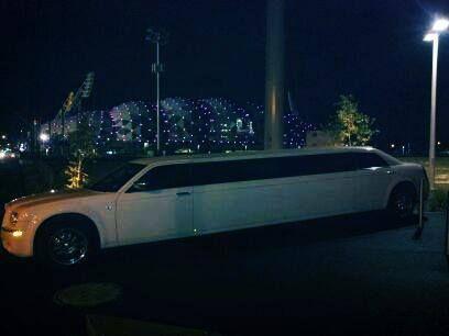Pin On Wedding Limousine