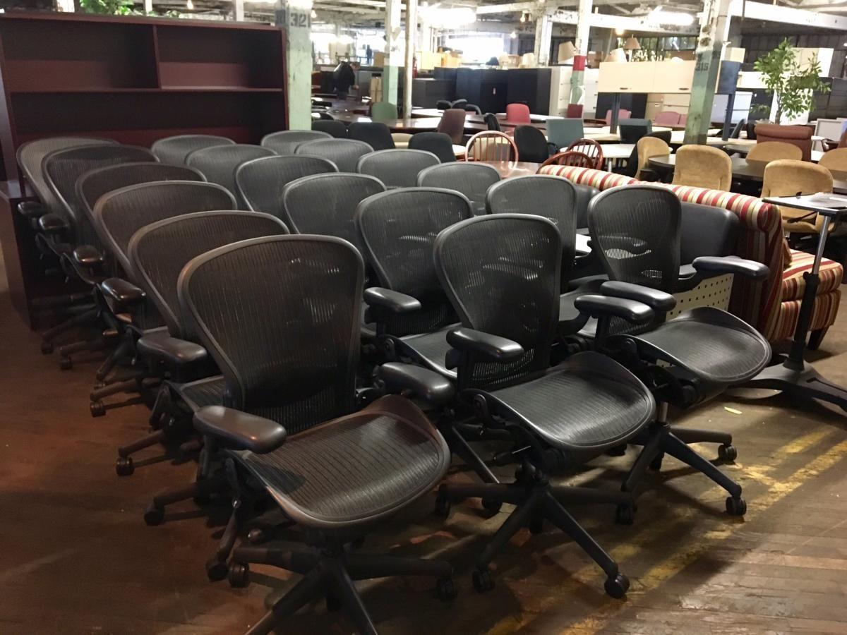 USED Herman Miller #Aeron Chairs   Www.bfwnashville.com