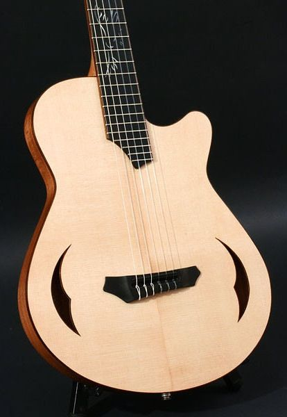 crow hill la rubia nylon string electric hollowbody classical guitar acoustic guitar. Black Bedroom Furniture Sets. Home Design Ideas