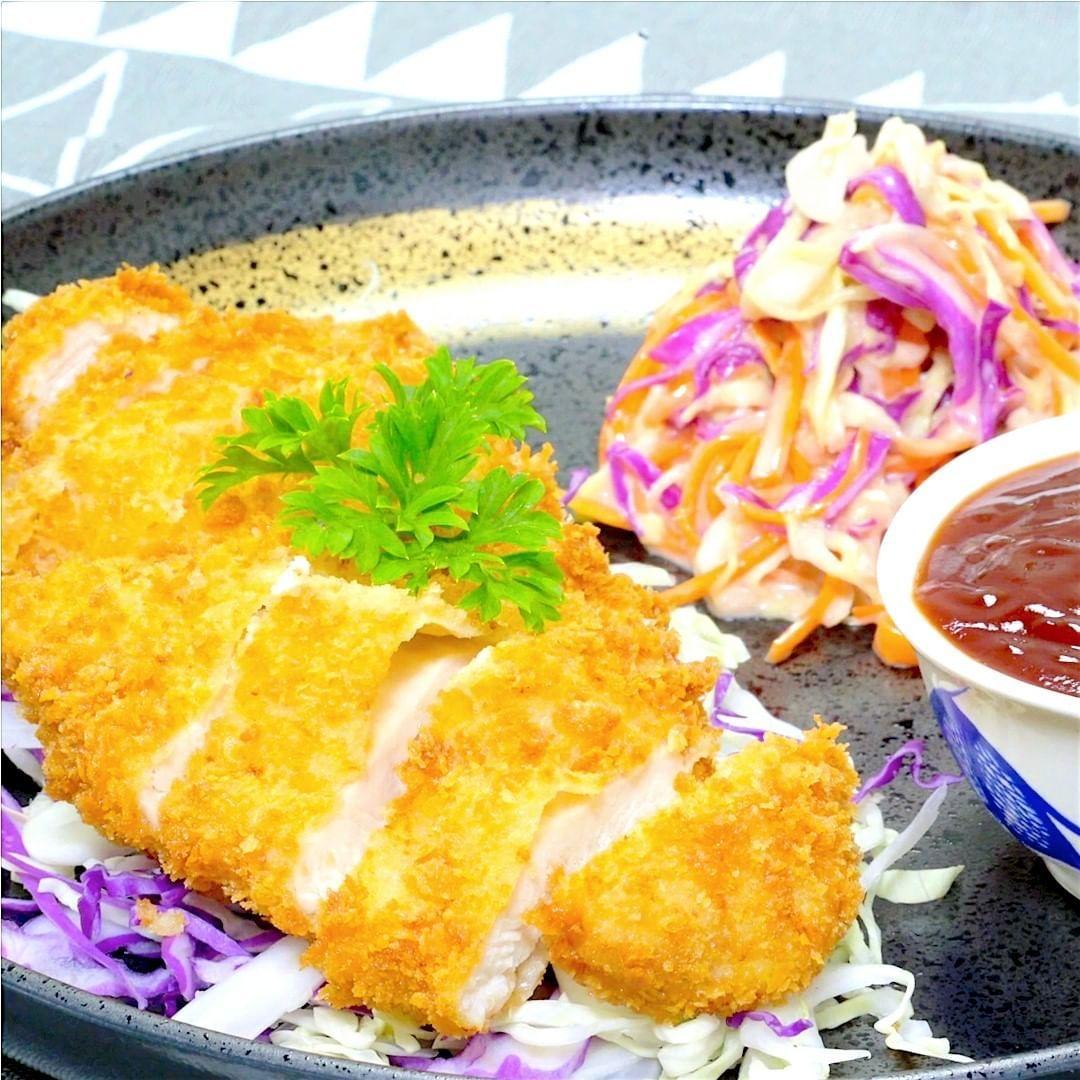 Chicken Katsu Bisa Dibuat Stok Dan Disimpan Di Kulkas Loh C Resep Makanan Makanan Dan Minuman Makanan
