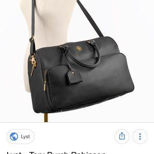 2066840fa1ad Tory Burch Bags - Tory Burch Robinson Weekender in Black