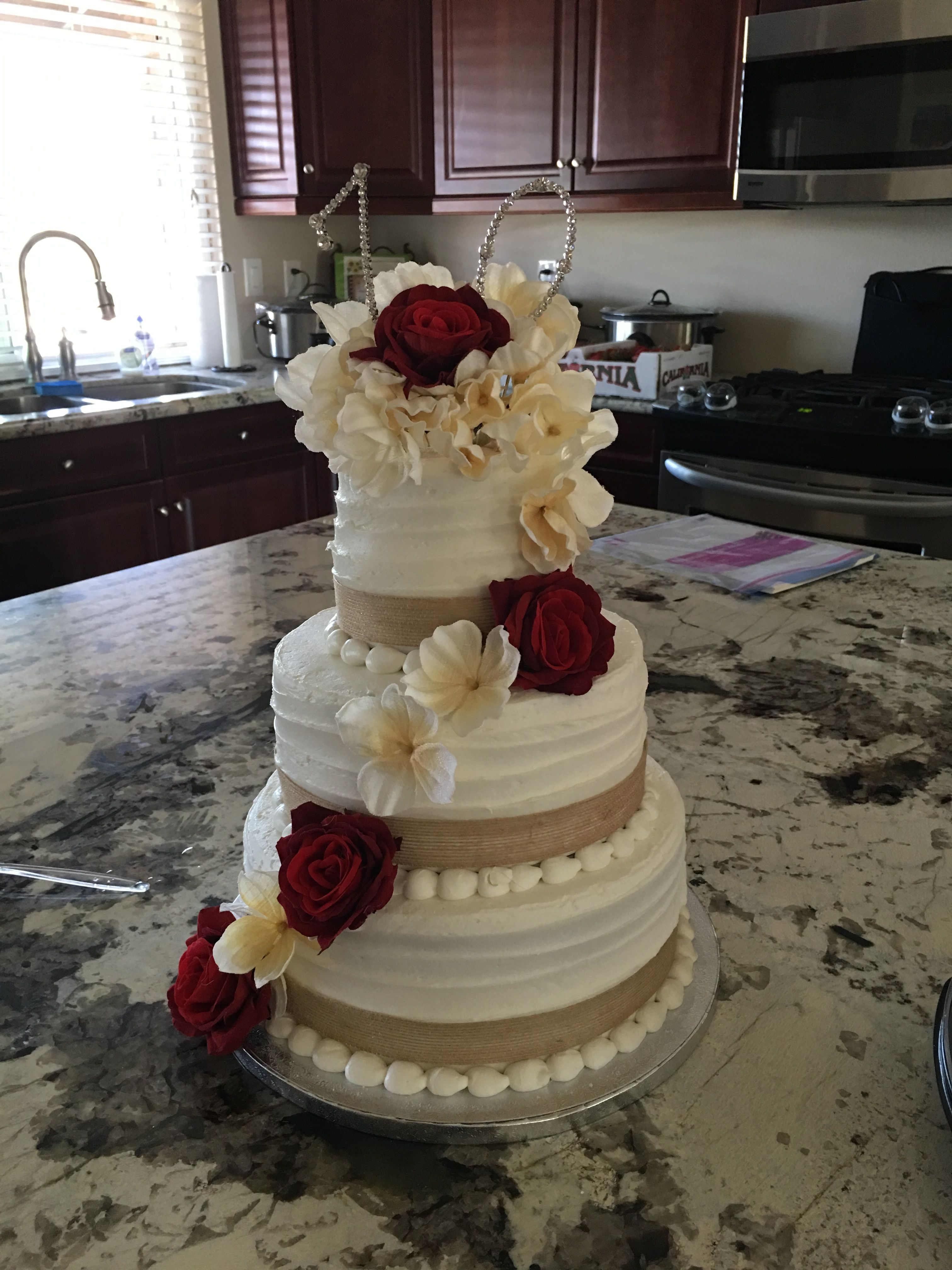 Rustic Country Wedding Cake Go Buy A Three Tier Cake From Sam S Club And Decorate It Save Yo Sams Club Wedding Cake Country Wedding Cakes Tiered Wedding Cake