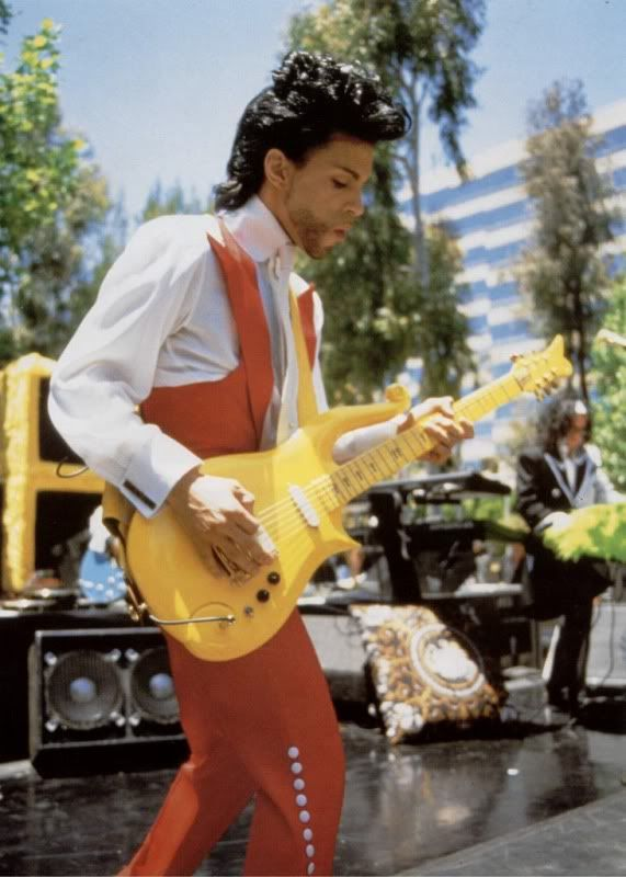 Can We Get A Pic Thread Dedicated To Prince and His Guitars Going
