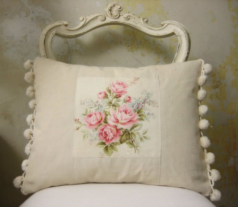 French Shabby Chic Pillows : The Painted Room..Gorgeous English blog. Lots of links to other lovely sites too. Blogs ...