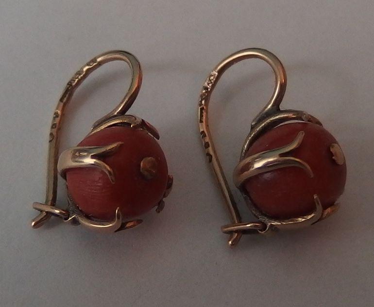 Stare Zlote 585 Kolczyki Z Naturalnym Koralem 7143381610 Oficjalne Archiwum Allegro Polish Jewelry Vintage Polish Jewelry