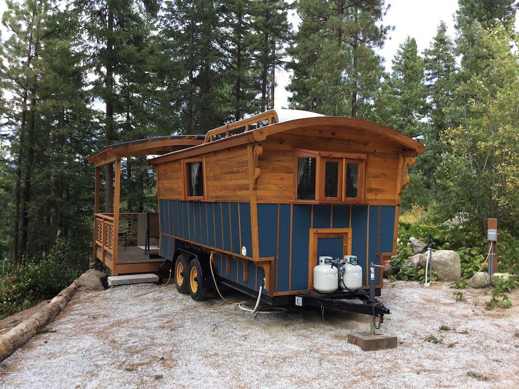 Student Vardo Tiny Mobile House Tiny Houses For Rent