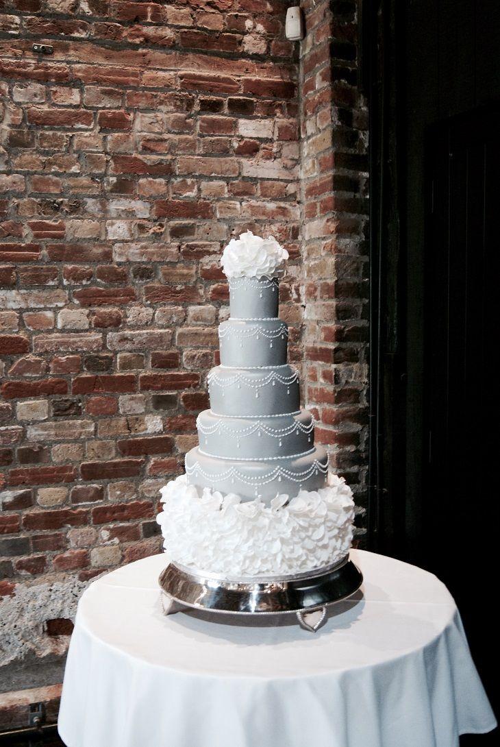elegant blue wedding cake #weddingcake #cakes #cakepictures