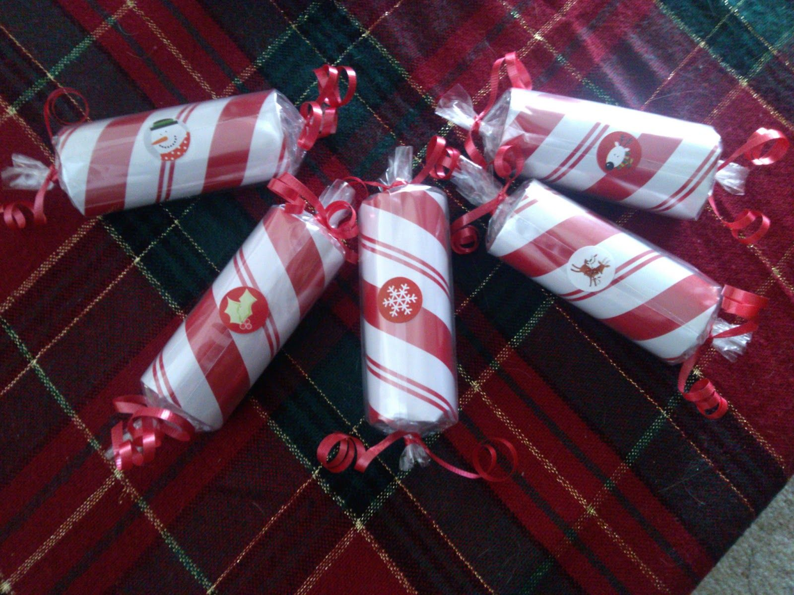 DIY Christmas Poppers