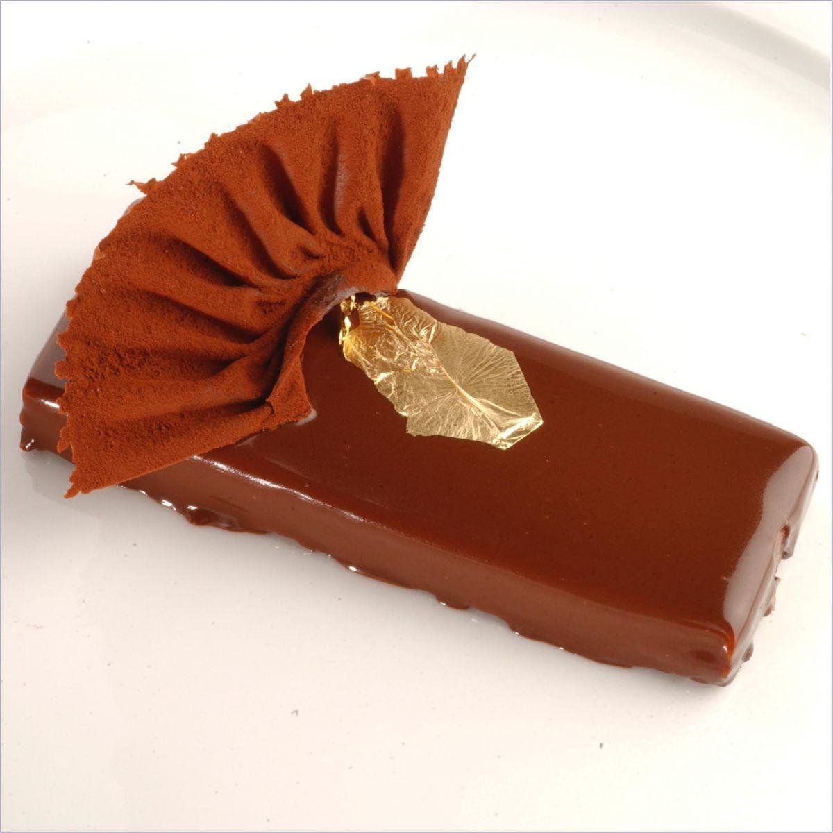 Louis Xv Au Croustillant De Pralin Par Alain Ducasse Recette Dessert Chocolat Recette Chocolat