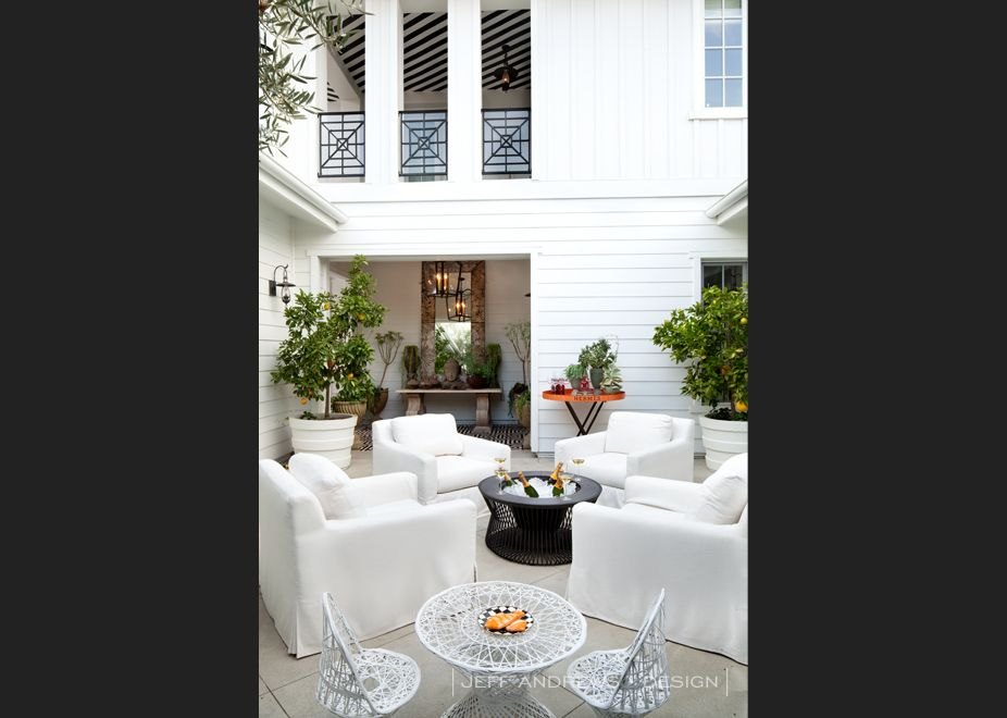 Kourtney Kardashian\'s Calabasas Home- Outside Patio | OUTDOOR ...