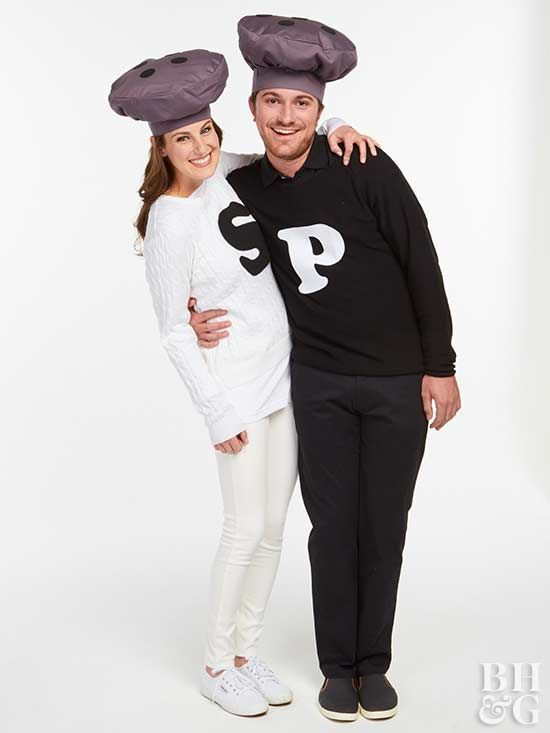 Need a last minute Halloween costume? Weu0027ve got you covered. These fast  sc 1 st  Pinterest & These Last-Minute Costumes Will Win Halloween | Halloween costumes ...