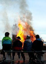 Pääsiäisvalakia - Easter bonfires