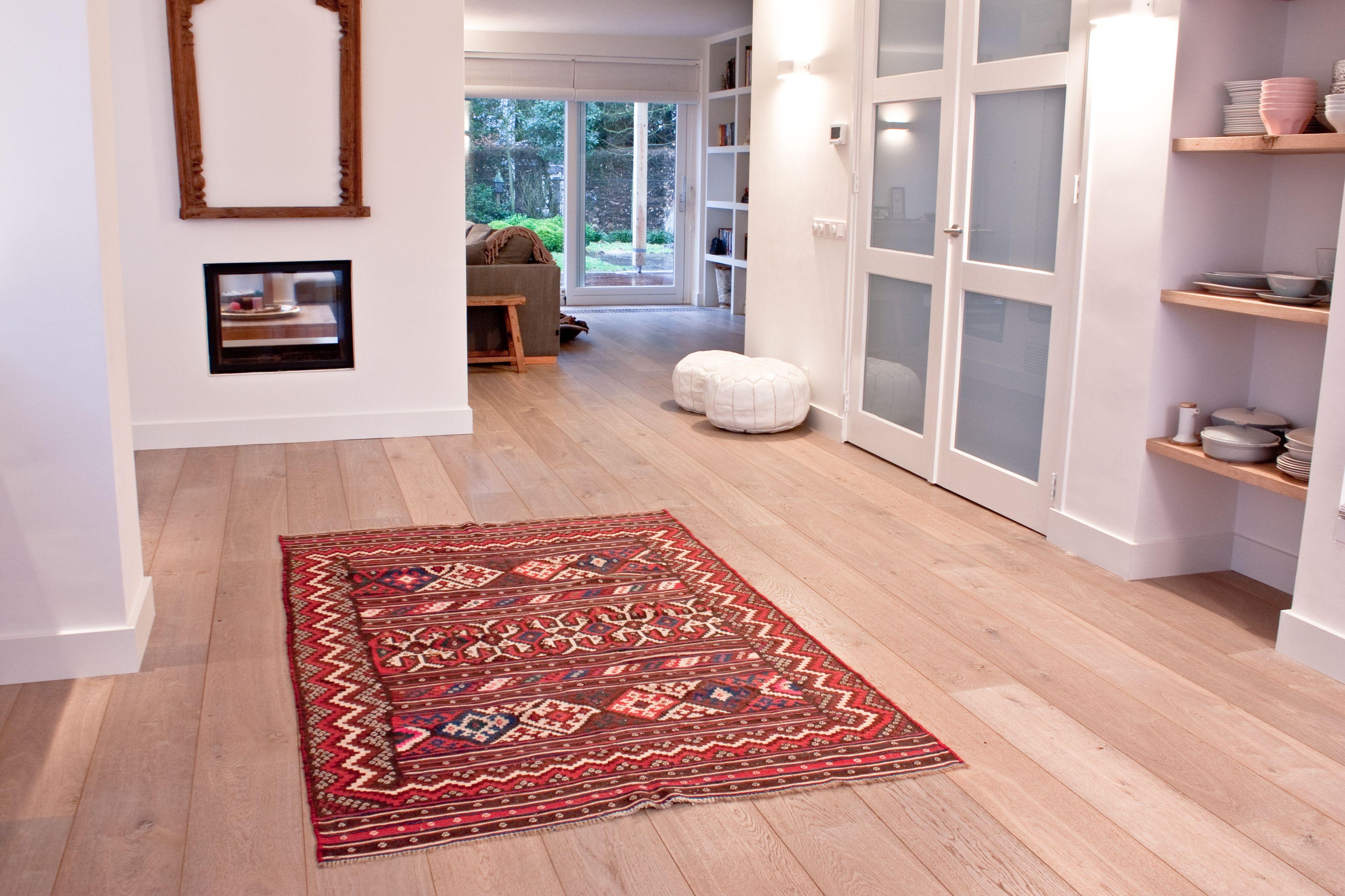 eiken houten vloer donker gerookt extra wit kingsfield