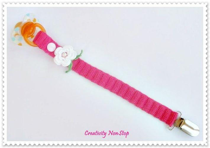 Fita Porta Chucha Em Crochet Com Aplicacao De Meia Perola Mola