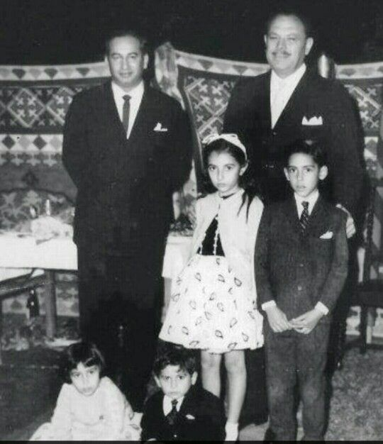 President Ayub Khan With Bhutto Family Beautiful Pakistan - Bhutto family