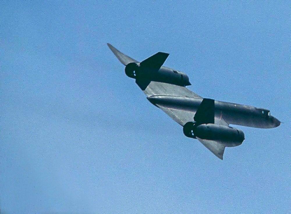 Pin By Gregory Grishin On Aviaciya Sr 71 Blackbird Sr 71 Lockheed Sr 71 Blackbird