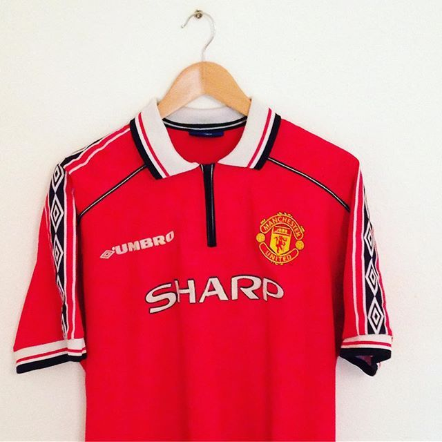 Manchester United Treble Winning Home Shirt From 1998 99 Is A New Addition To Our Store Vintage Football Shirts Retro Football Shirts Classic Football Shirts