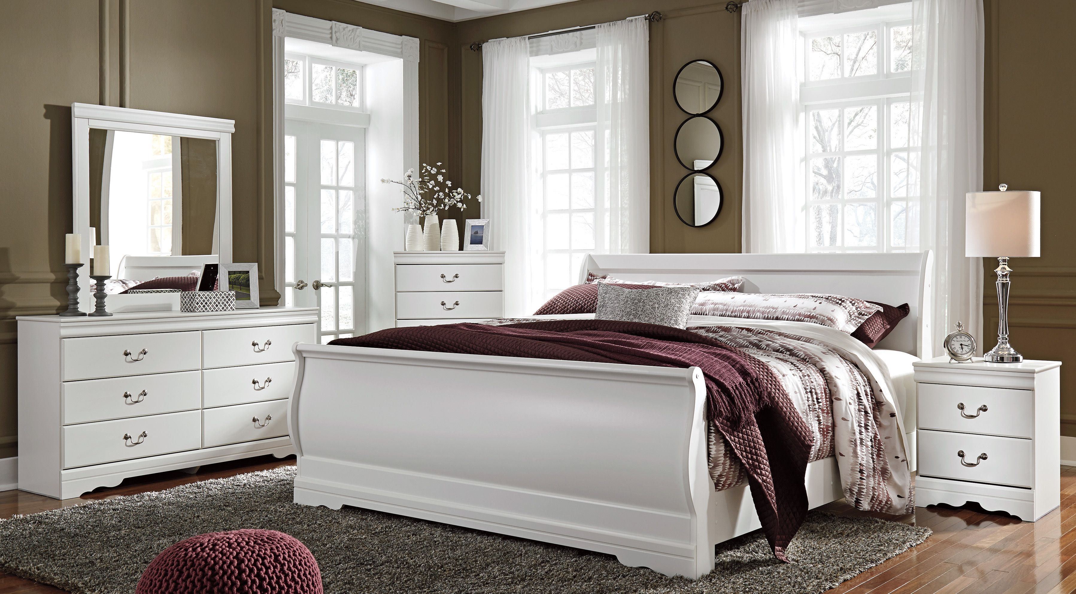 Anarasia White Sleigh Bedroom Set Bedroom sets queen