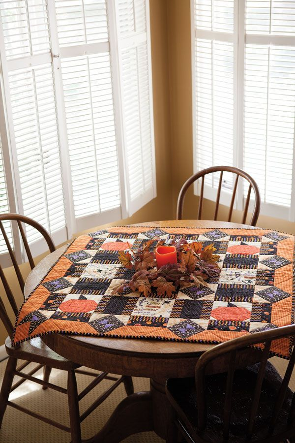 Dining Room Table Toppers Enchanting October Fun  Halloween Table Topper Quilt  Halloween Table Decorating Inspiration