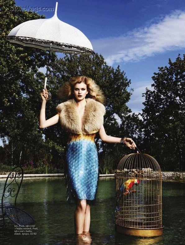 Mermaid skirt! @Khara Cavaness Cavaness Lord! Bruno Simoncik / Harper's Bazaar Czech October 2011.