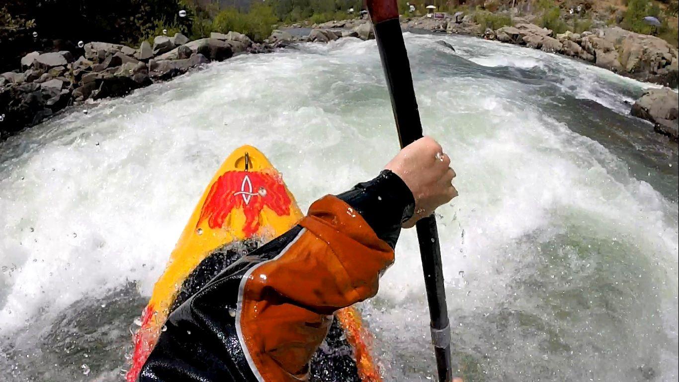 Dagger axiom paddler review kayaking gear paddler