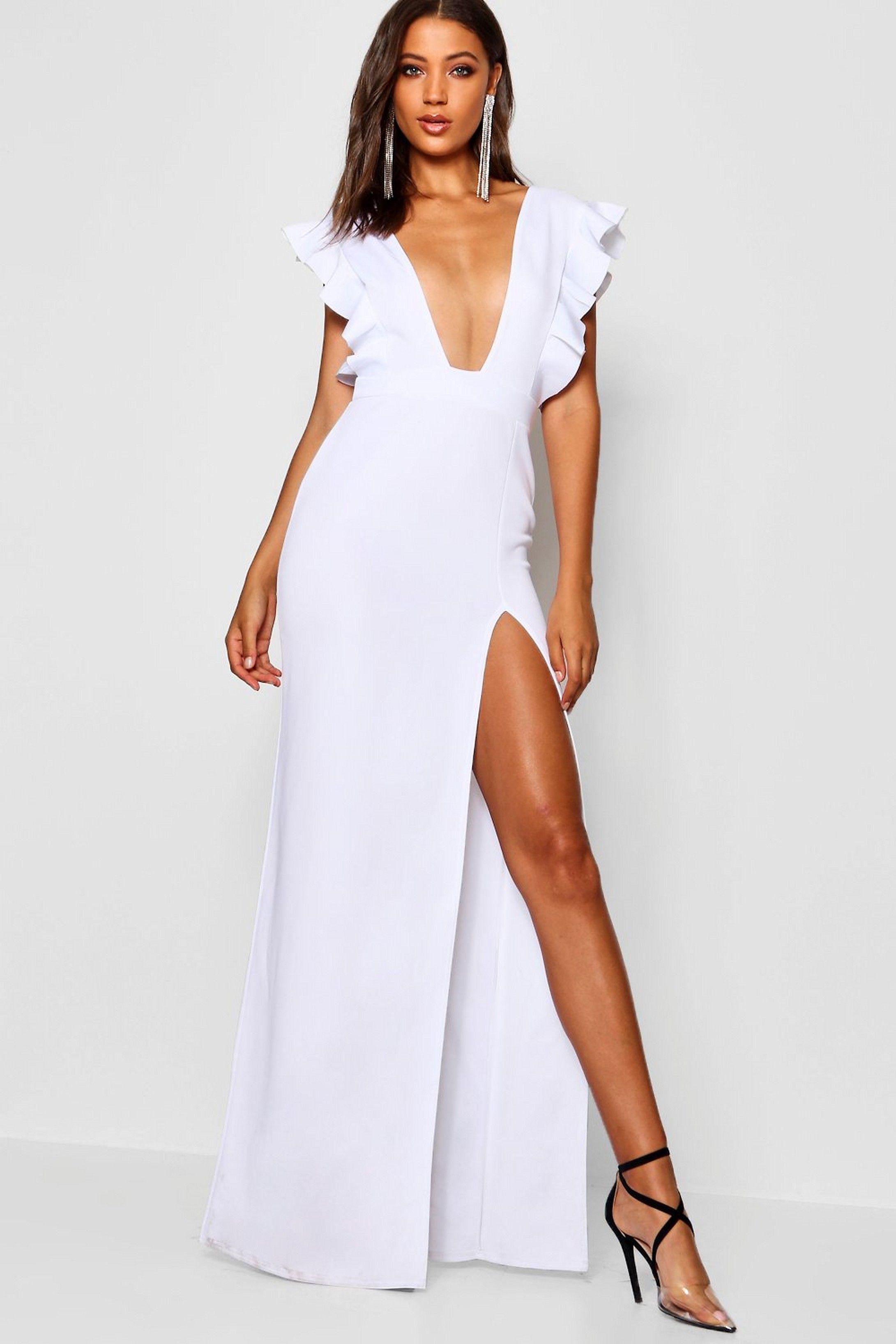 Tall Ruffle Plunge Split Leg Maxi Dress Boohoo Dresses Maxi Dress White Party Attire [ 3272 x 2181 Pixel ]