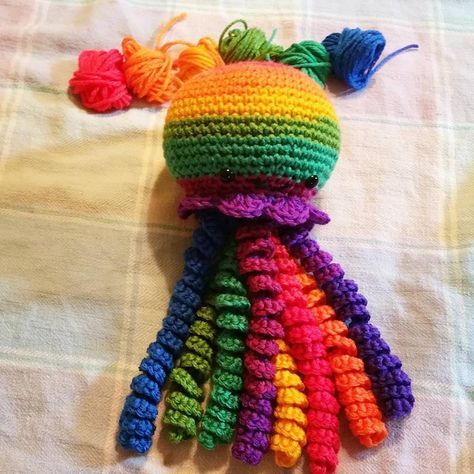 Crochet Jellyfish ~ FREE PATTERN!