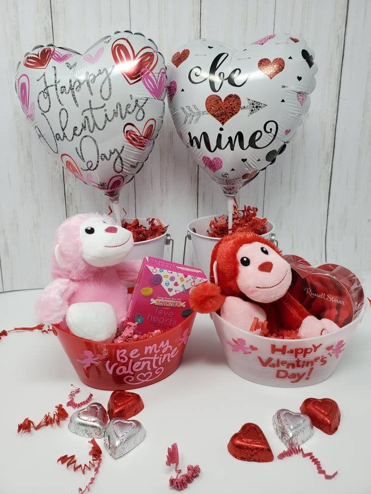 Valentine S Day Gift Basket Personalized Valentine S Etsy In 2020 Valentine S Day Gift Baskets Personalized Valentine Gifts Personalized Valentines