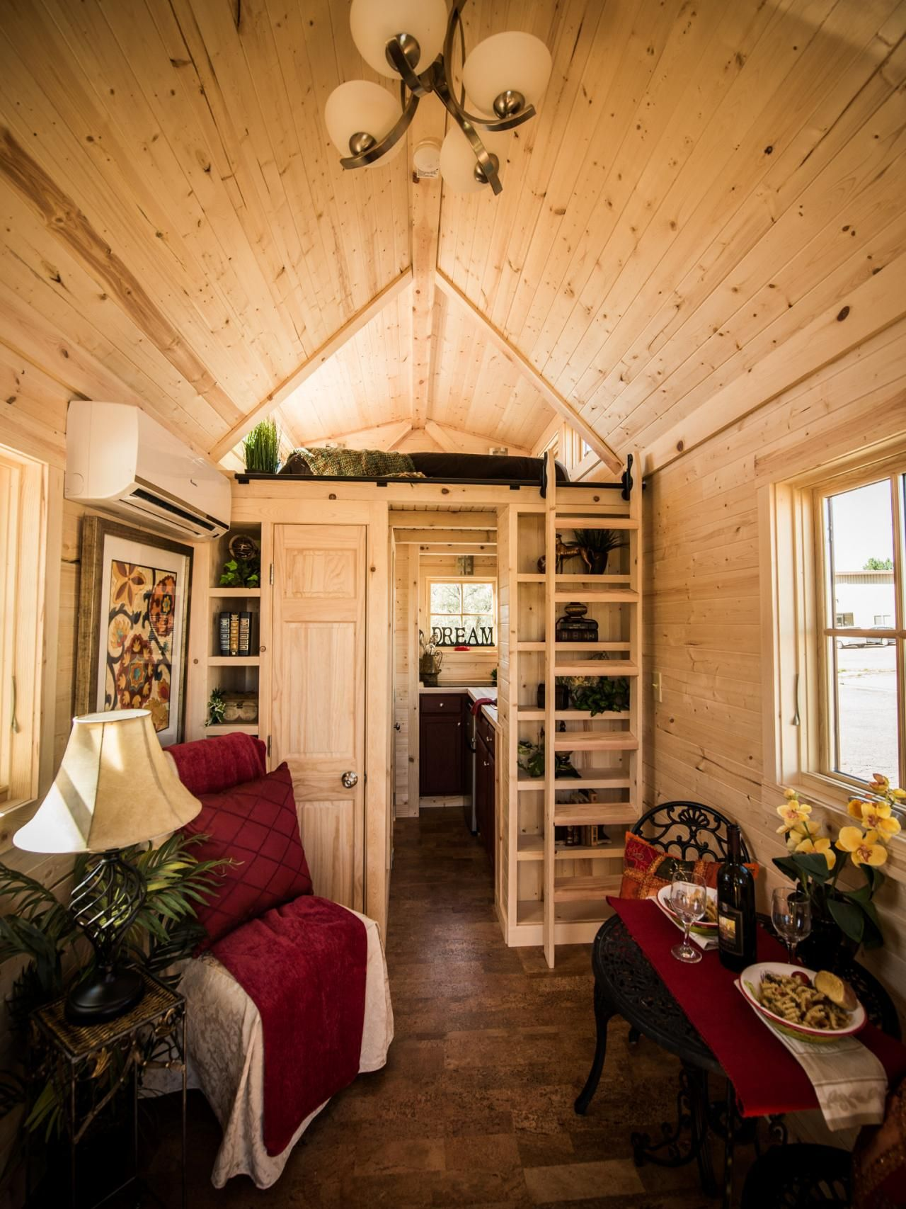 9 Times Tiny House Hunters Ers Forgot They Wanted To Downsize