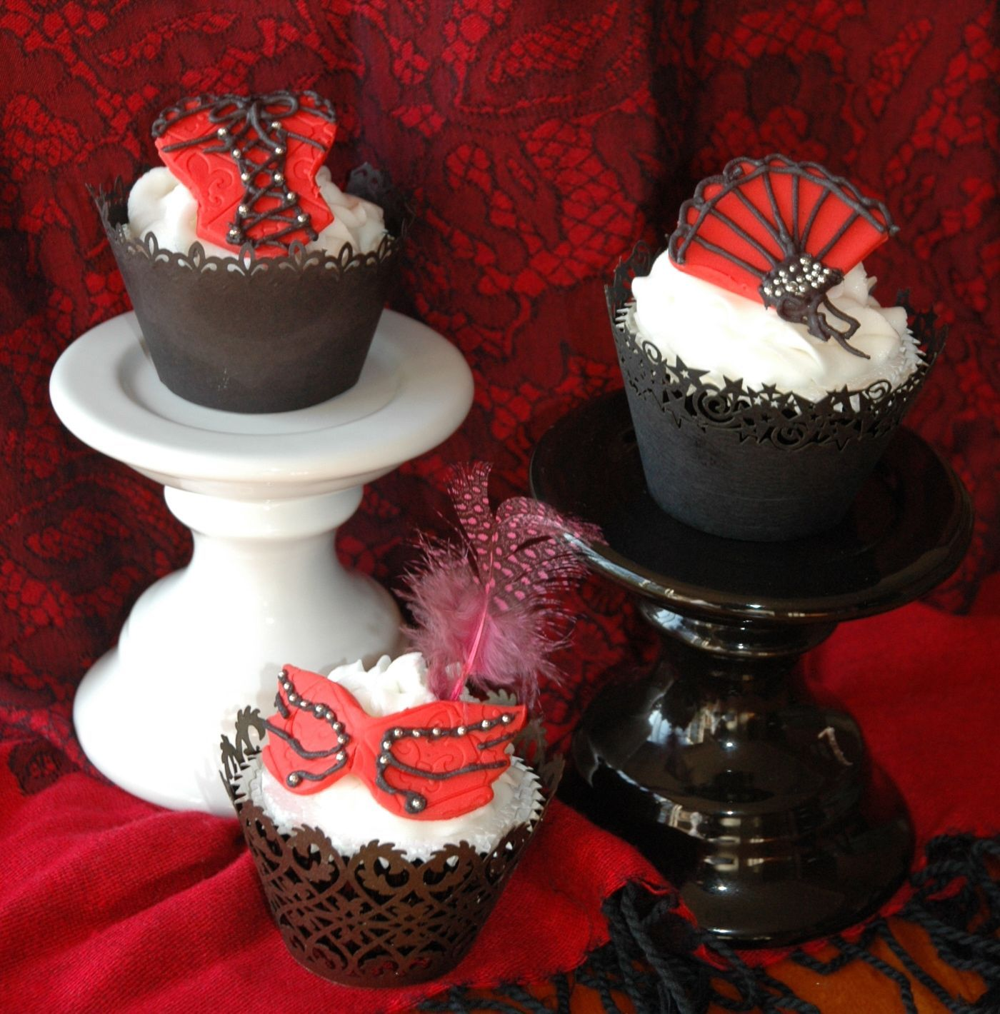 mask cupcakes Google Search Elegant cupcakes, Fancy