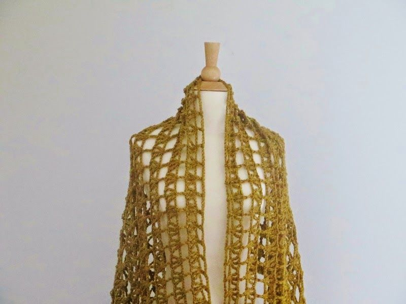 Aida Lacy Shawl, Free Crochet Pattern