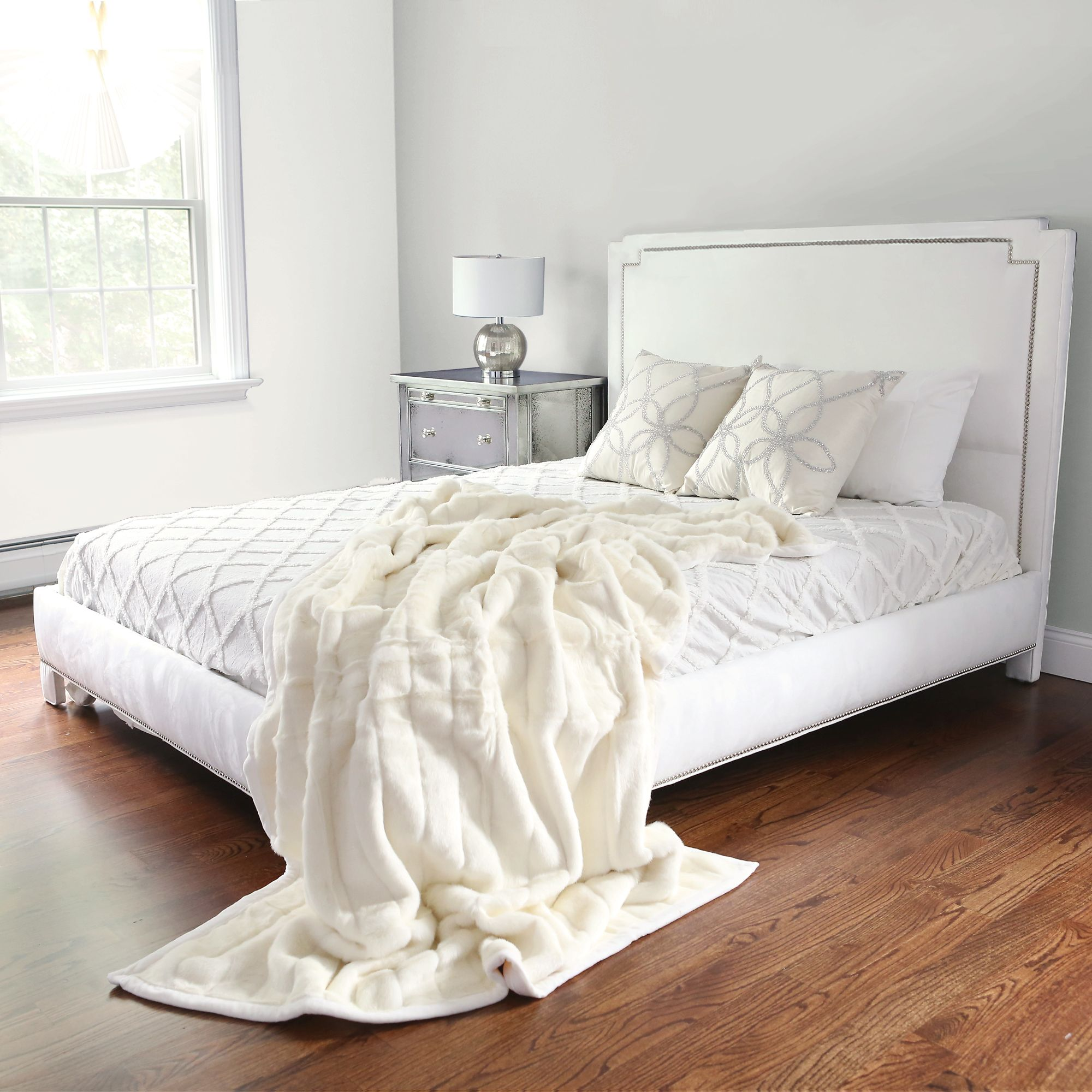 faux sale shipping collection overstock plush fur free vue today bed bedding charlotte on product bath coverlet signature decor