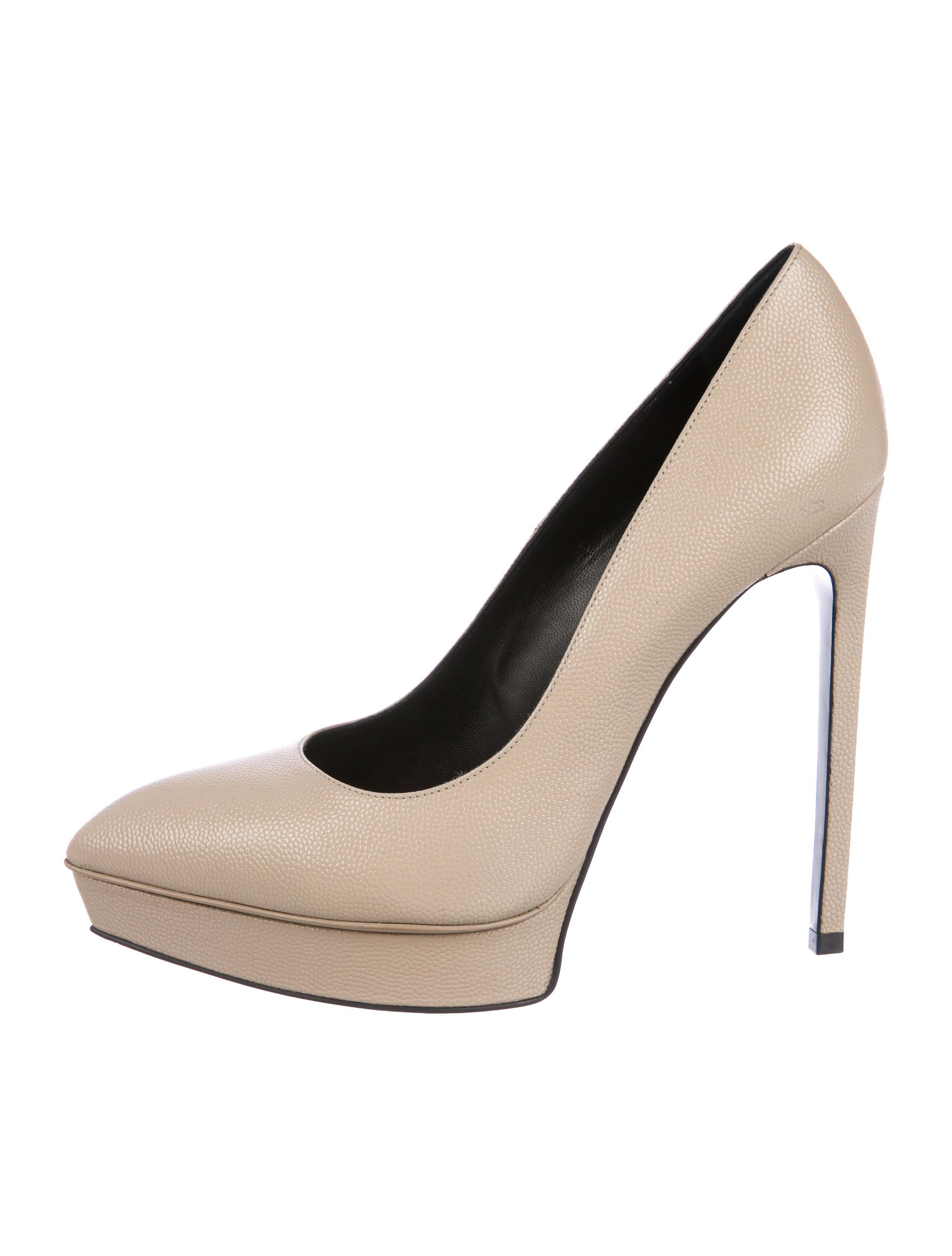 154947073b21fe Creme patent leather Saint Laurent platform pumps with pointed-toes ...