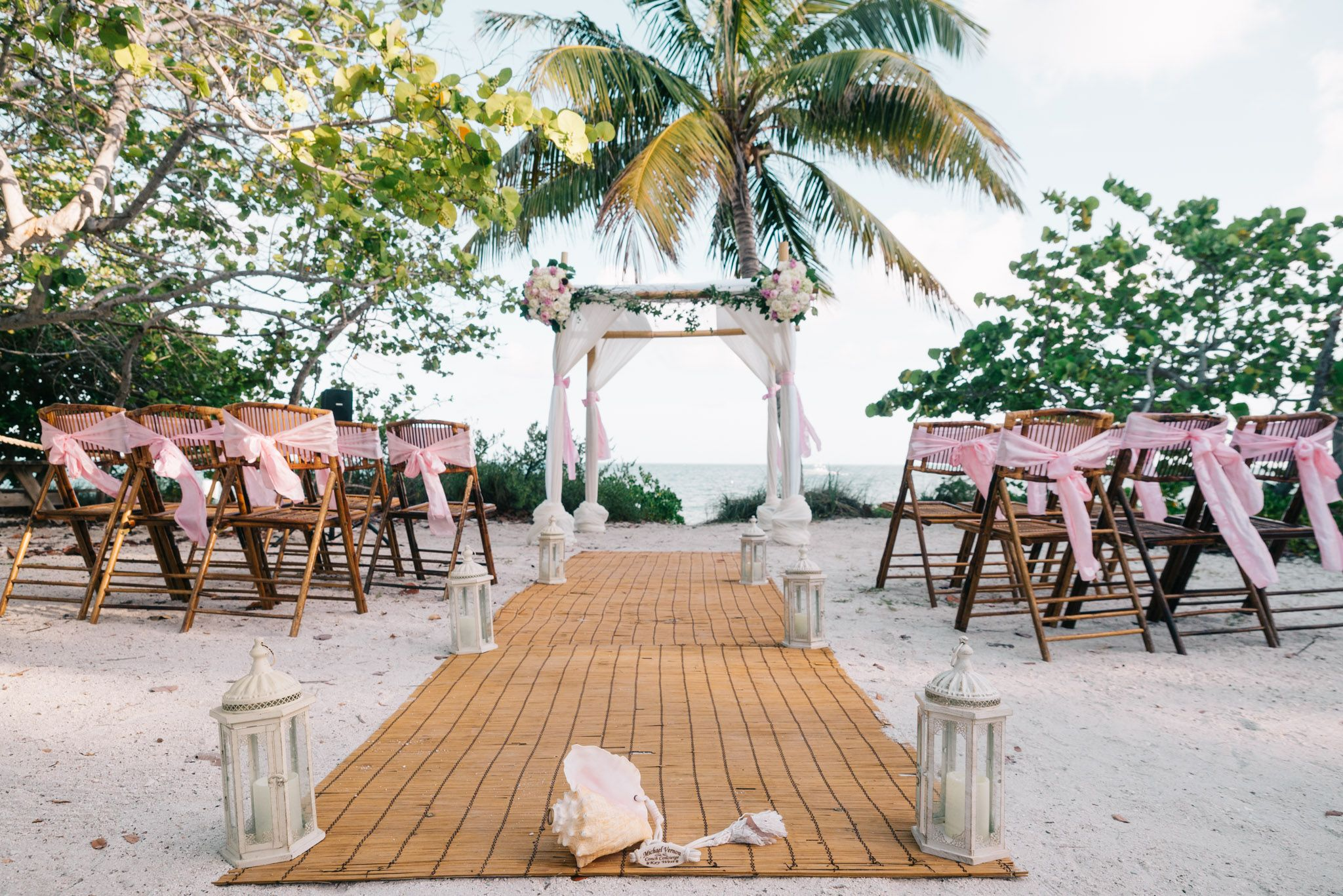 Beach Weddings At Fort Zachary Taylor Give You A Few Diffe Options For Ceremony Locations