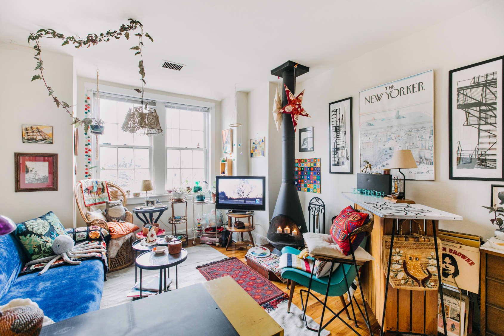 An Artist S 450 Square Foot Philly Apartment Proves You Can Be A Maximalist In A Small Space Maximalist Decor Small Space Inspiration Small Spaces