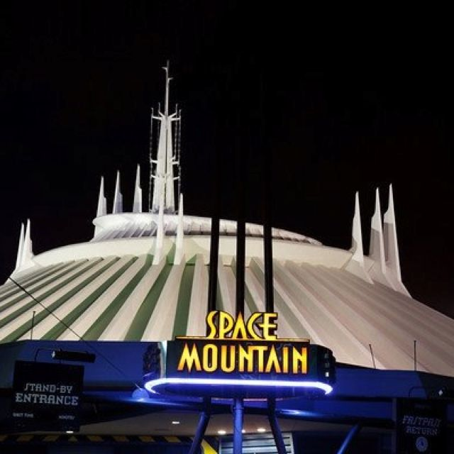 Space Mountain - Walt Disney World