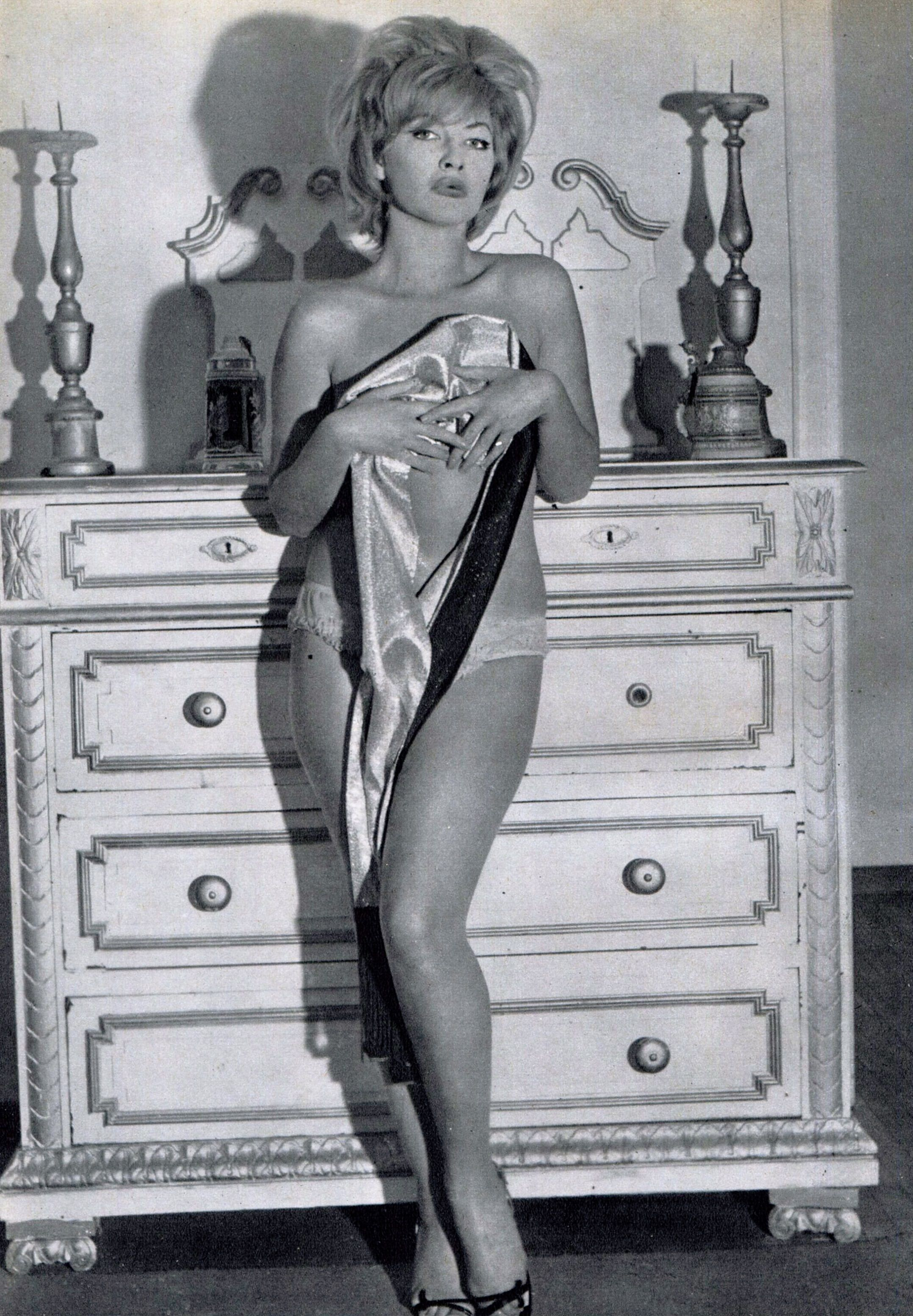 Linda Veras Nude Photos 90