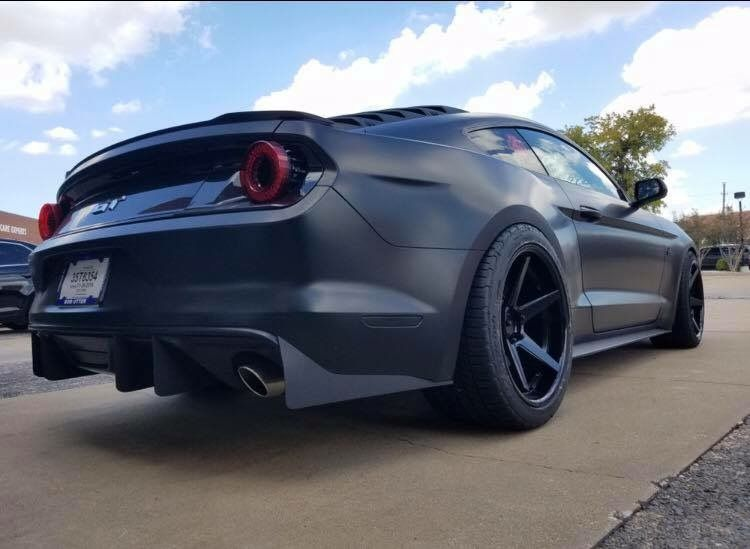 Ford Mustang W Ford Gt Rear End Modified Custom Ford Gt Ford Mustang Cars