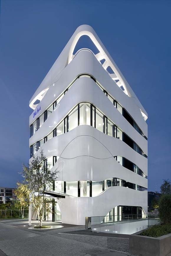 Gnädinger Architekten Otto Bock Building, Berlin, Germany. | 빌딩, 현대 건축 및 현대적인
