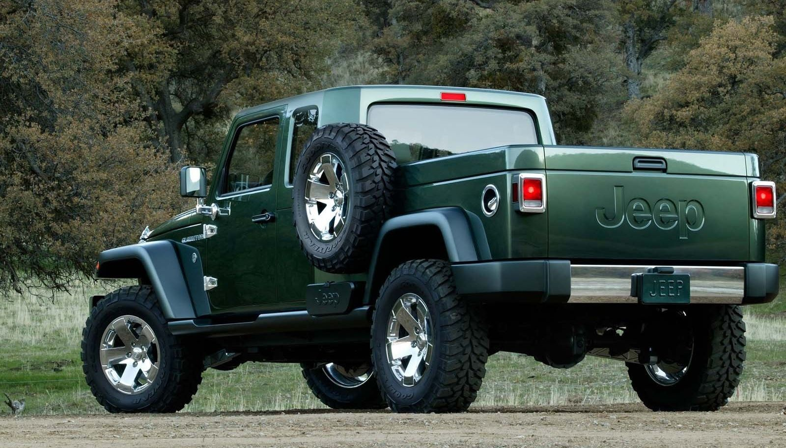 Visual Comparison Between The 2020 Jeep Gladiator And The 2005 Jeep Gladiator Concept Jeep Wrangler Truck Jeep Wrangler Pickup Truck Jeep Wrangler Pickup
