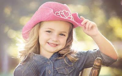 صورة بنت جميلة احلى واشيك صور بنات صغيرات حلوه بالكاب Baby Girl Wallpaper Cute Baby Wallpaper Cute Small Girl