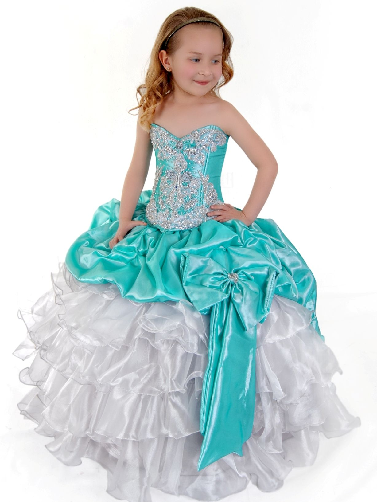 3 Anos Girls Dress with Ruffled Skirt and Beaded Embroidery by Sofia ...