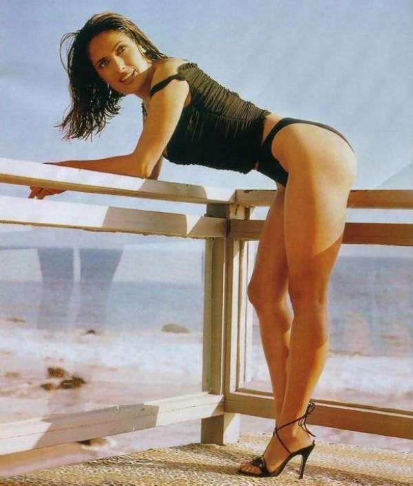 Salma hayek hot nude pics