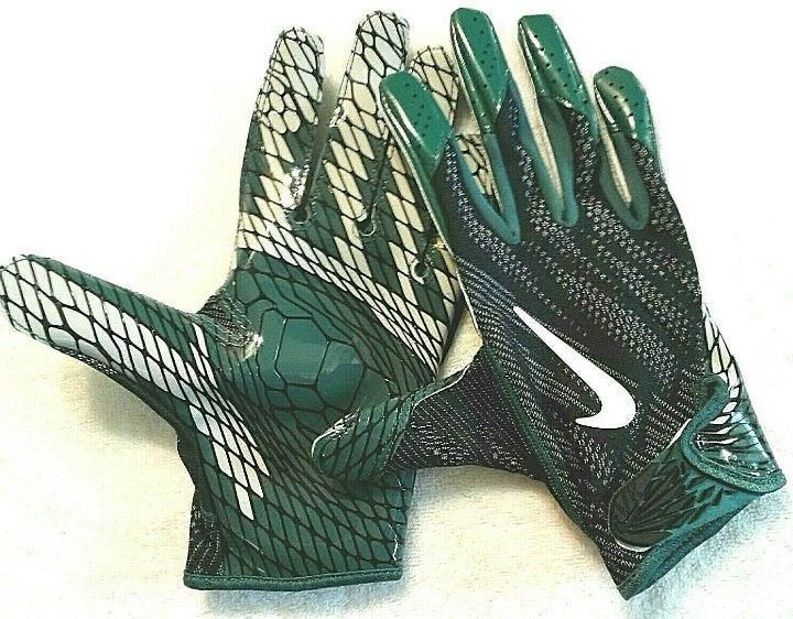 Nike new without tags philadelphia eagles on the field
