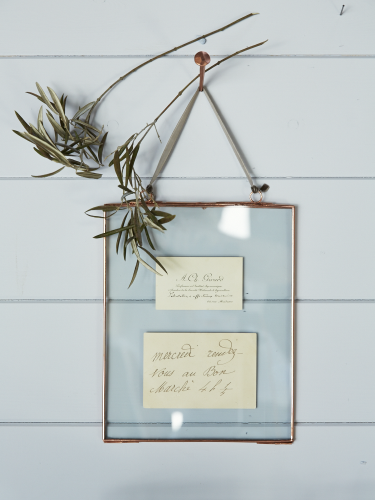 Delicate Hanging Glass Frame - Copper 17.50 pounds + discount ...